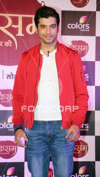 Fotocorp : Sharad Malhotra Colors launches 'Kasam Tere ...